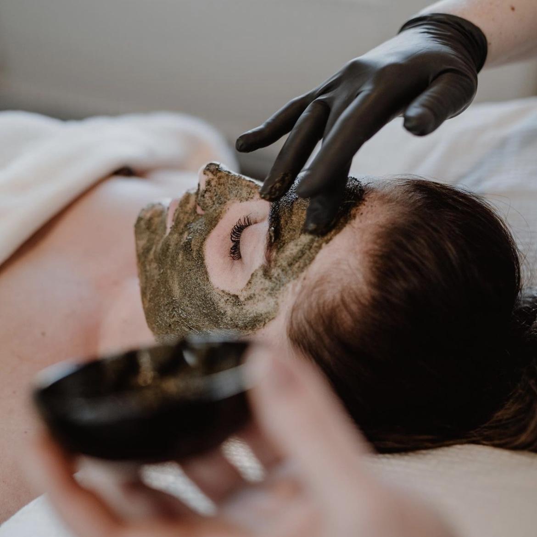 dermaplaning schoonheidssalon huidverbetering